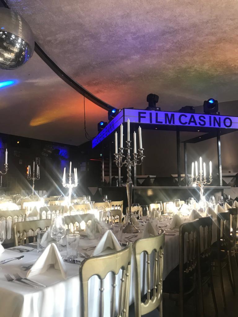 Gala-Dinner und Party